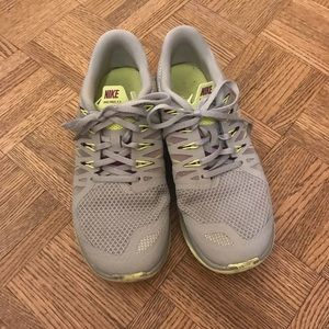 Used Nike sneakers gray and lime
